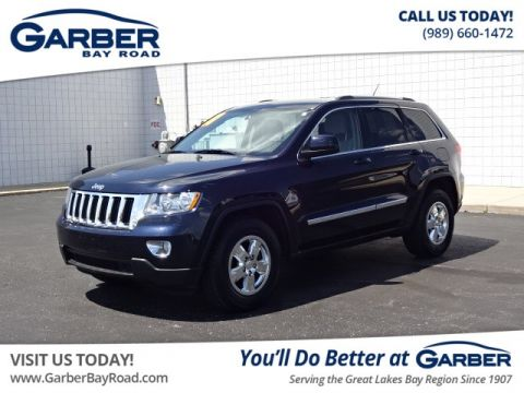 PRE-OWNED 2011 JEEP GRAND CHEROKEE LAREDO 4WD