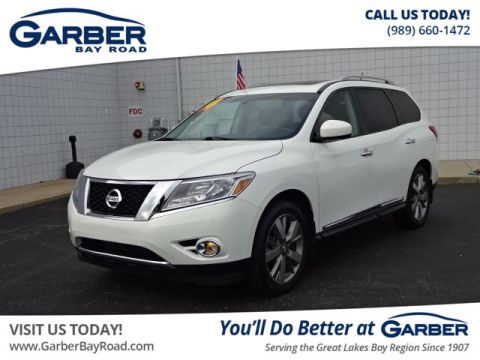 PRE-OWNED 2014 NISSAN PATHFINDER  4WD