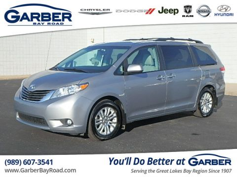 PRE-OWNED 2013 TOYOTA SIENNA XLE V6 8 PASSENGER