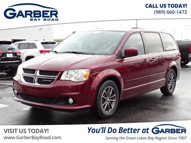 2017 Dodge Grand Caravan >> Pre Owned 2017 Dodge Grand Caravan Sxt Fwd Minivan