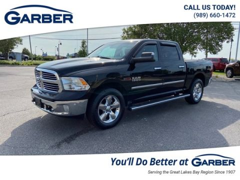 PRE-OWNED 2015 RAM 1500 BIG HORN WITH NAVIGATION & 4WD