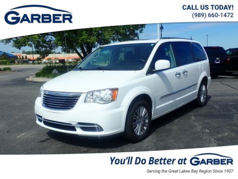 PRE-OWNED 2015 CHRYSLER TOWN & COUNTRY TOURING-L WITH NAVIGATION