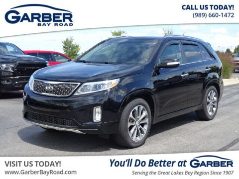 PRE-OWNED 2015 KIA SORENTO SX V6 WITH NAVIGATION